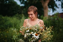 A modern summer bridal bouquet of August flowers in a neutral color palette by Nectar and Root, Vermont wedding florist.