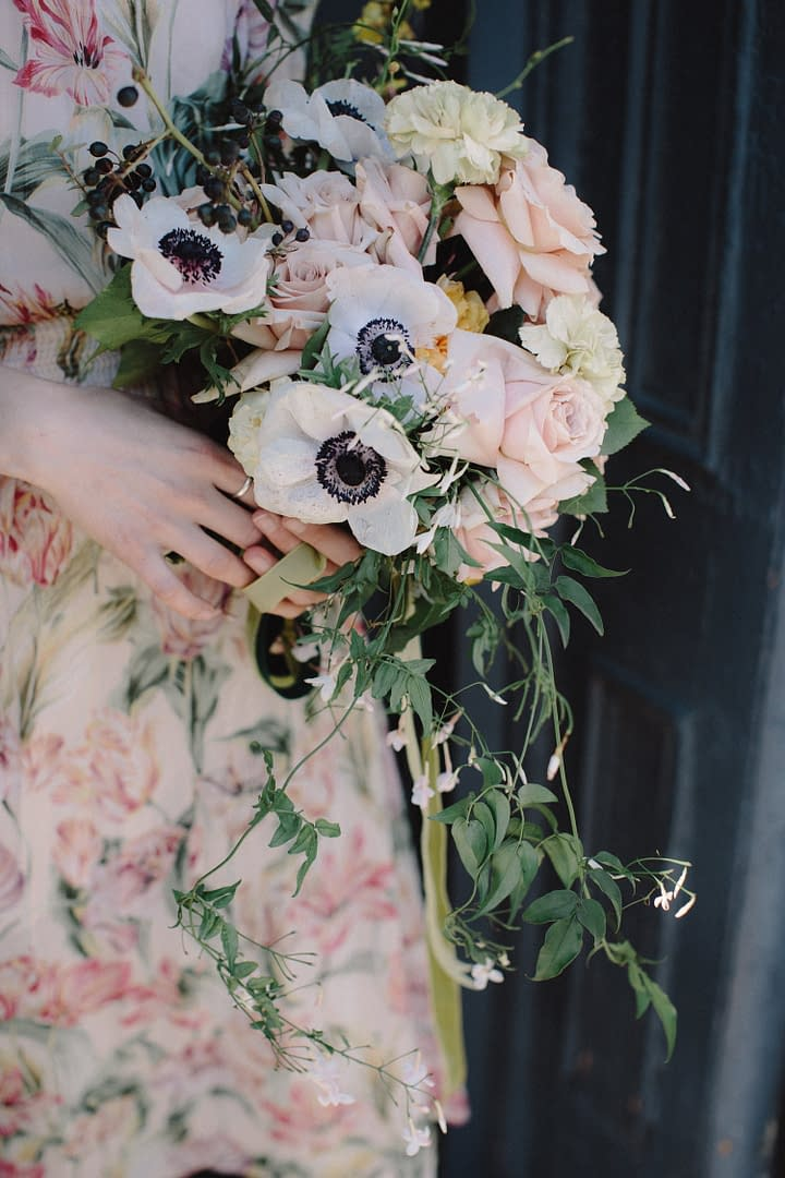 A boho spring bridal bouquet of March flowers in a neutral color palette by Nectar and Root, Vermont wedding florist in Brooklyn, New York.